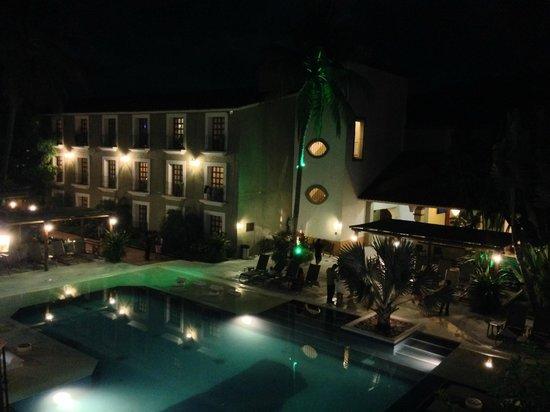 Binniguenda All Inclusive: Alberca del hotel Binniguenda.