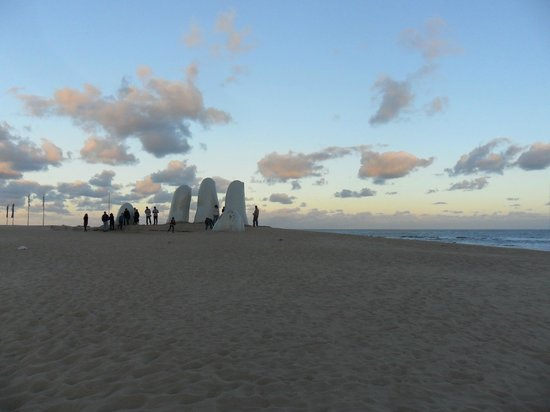 Hafen von Punta del Este: Atardece sobre Punta del Este...