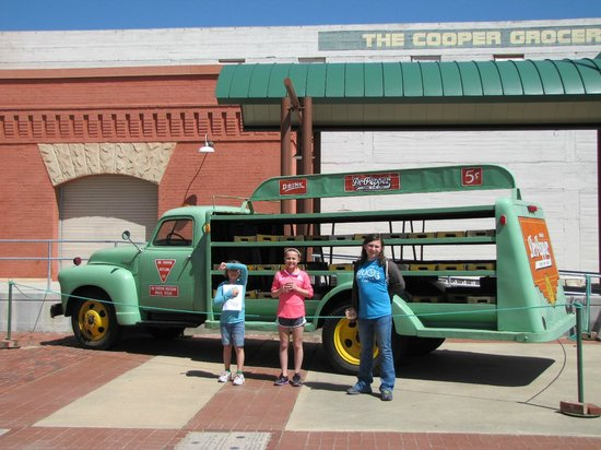 Dr Pepper Museum : Outside the Museum