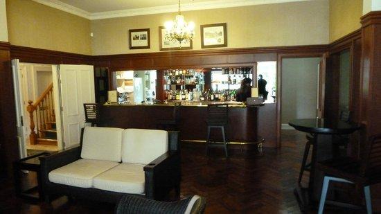 Mangapapa Hotel: bar area