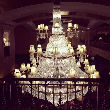 Amway Grand Plaza, Curio Collection by Hilton: so pretty