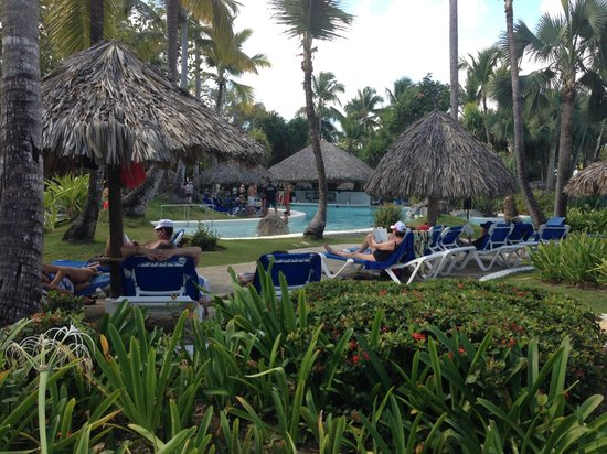 Bavaro Princess All Suites Resort, Spa & Casino: View of the pool down at the beach
