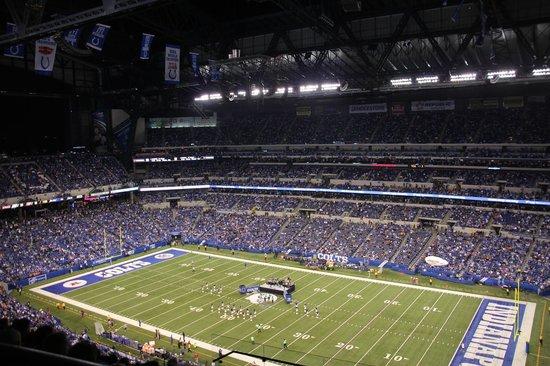 Lucas Oil Stadium : Colts Football