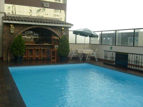 El Doral Apart Hotel: la barra del barcito
