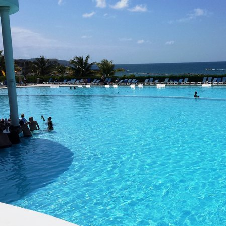 Grand Palladium Jamaica Resort & Spa : Infinity Pool