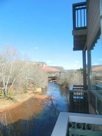 The Inn Above Oak Creek: Creekside room 2 balcony