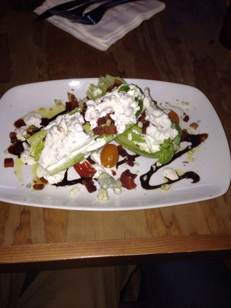 Blackbird Woodfire: Wedge salad