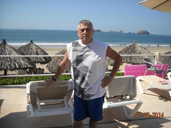 Krystal Ixtapa: in the pool !!!!!!!!