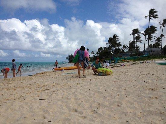 Lanikai Beach - room for everyone!