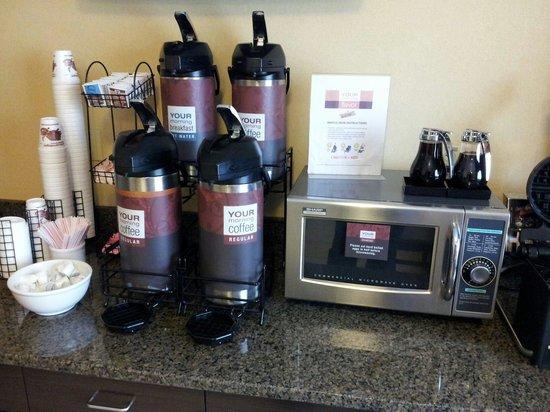 Days Inn Indiana : Coffee