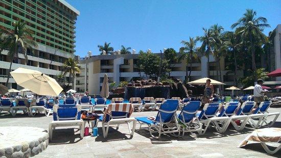 El Cid Castilla Beach Hotel: Large pool area