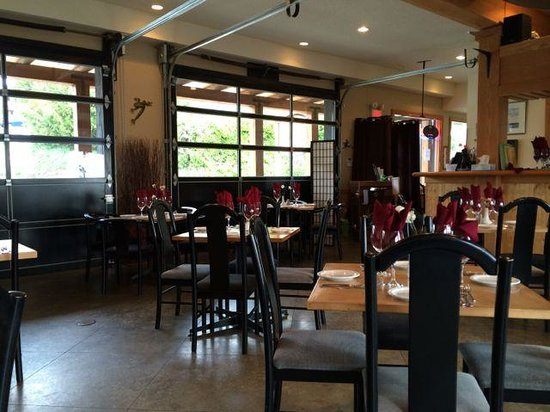 Tree Frog Bistro : Restaurant interior