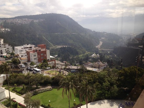 Hotel Quito: View from Restaurant