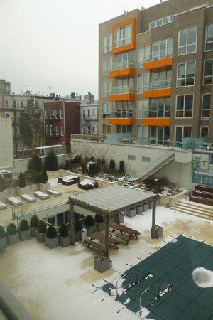 Kings Hotel : view behind hotel