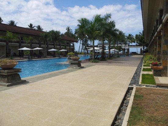 Sheridan Beach Resort and Spa: Poolblick