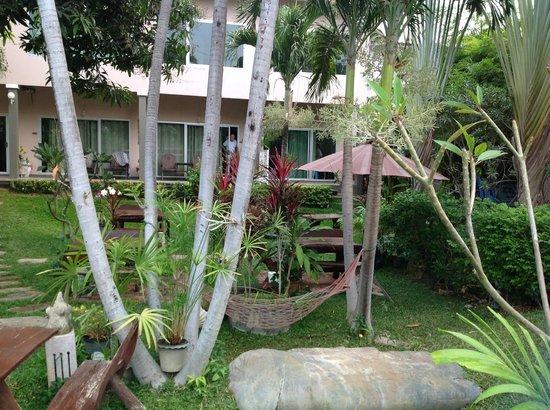 Sabai @ Kan Resort: view of garden rooms