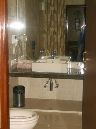 Blueberry Inn: bathroom..beautiful..neat nd clean