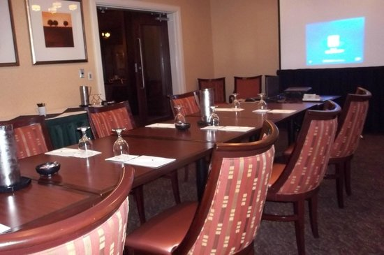 Doubletree by Hilton Hotel Columbia: The boardroom worked well for my one-day HazMat & RCRA training seminar.
