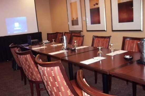 Doubletree by Hilton Hotel Columbia: The room was comfortable throughout my USDOT & USEPA training