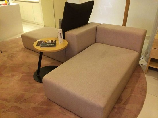PARKROYAL Serviced Suites Kuala Lumpur : Sofa