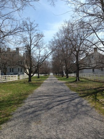 Shaker Village of Pleasant Hill - The Inn : Grounds