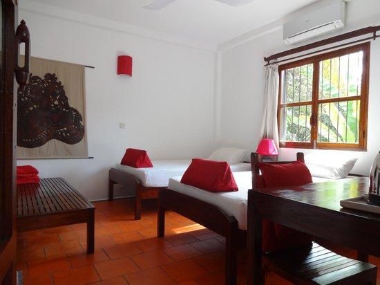 Borann, l'Auberge des Temples: A 3rd bed to put your bags or welcome an extra person.