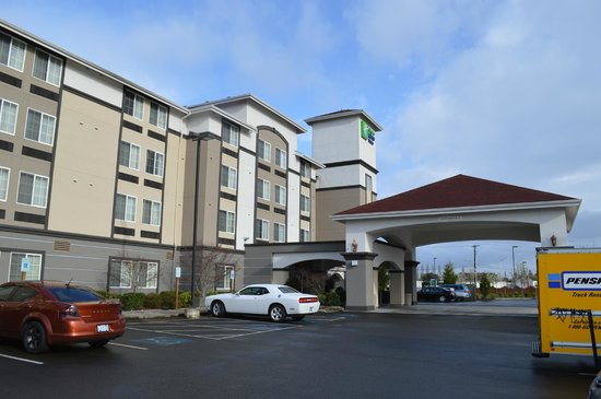 Holiday Inn Express & Suites Tacoma South - Lakewood : hotel