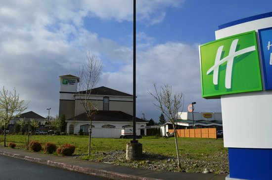 Holiday Inn Express & Suites Tacoma South - Lakewood: Holiday Inn