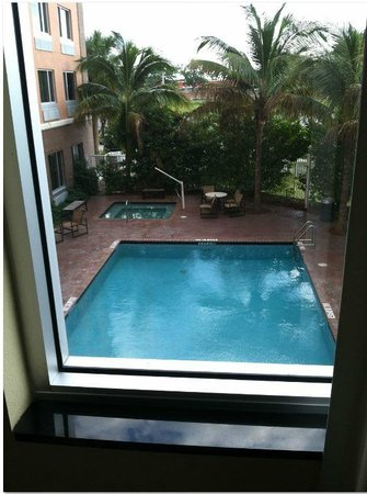 Staybridge Suites Tallahassee I-10 East: View from Room 311