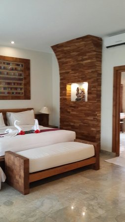 Sri Ratih Cottages: Spacious and very clean super comfy room