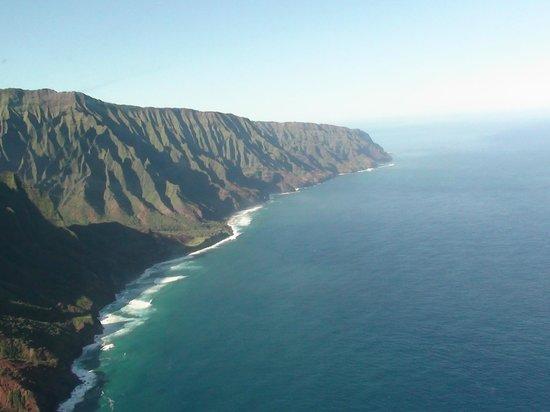 Mauna Loa Helicopters Tours: Na Pali coast