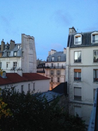 Hotel des Grandes Ecoles: view from room