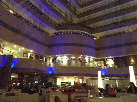 Marina Mandarin Singapore : reception and coffee lounge
