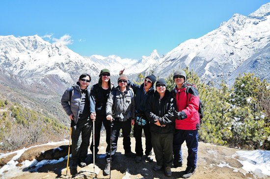 Base Camp Adventure Treks & Expedition: Along the way to EBC