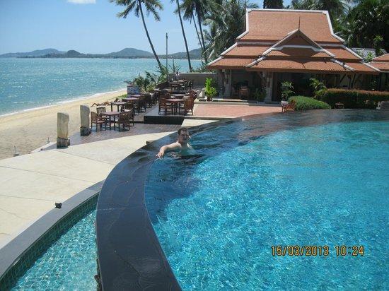 Samui Buri Beach Resort: Бассейн
