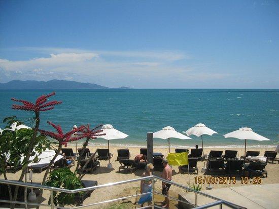 Samui Buri Beach Resort: Пляж