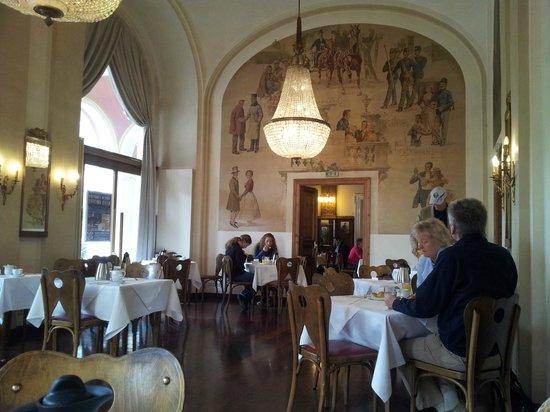 Hotel Regina: Ресторан