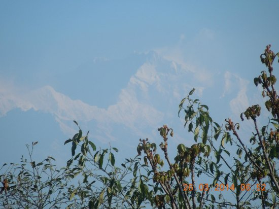 Darjeeling - Khush Alaya, A Sterling Holidays Resort: Kunchanjunga From resort