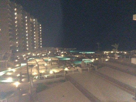 Las Palomas Beach & Golf Resort: Night view from Phase #1 3rd floor