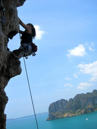 Real Rocks Railay - Day Adventures: Rock climbing Railay
