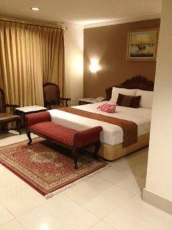 Hotel Indah Palace: 部屋