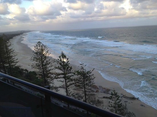 Clubb Coolum Beach : We arrived about 5:30pm and this is the view from our room!