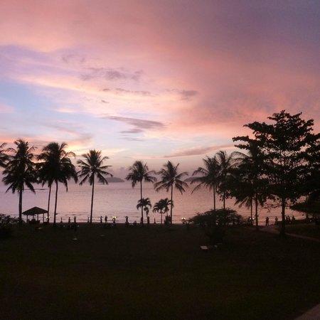 Shangri-La's Tanjung Aru Resort & Spa : Sunset