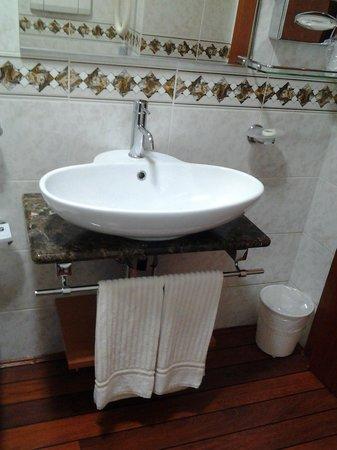 BEST WESTERN Tigullio Royal : bagno
