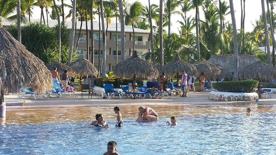 Sirenis Punta Cana Resort Casino & Aquagames : Pool