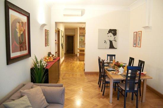 Domus Cavour: soggiorno