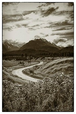 Queenstown Center for Creative Photography Day Workshops: Road to nowhere