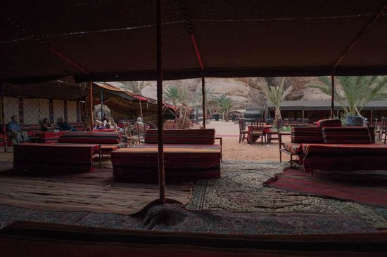 Captain's Desert Camp: Good for chilling and dining...