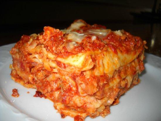 lasagna alla bolognese da infarto - bild von casa mia italia