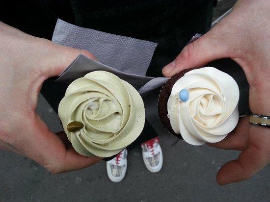 Bertie's CupCakery : Pistacchio e vaniglia.... mmm!!!